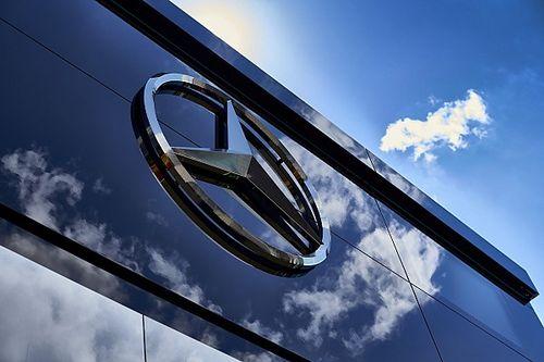 Daimler ontkent vermeende verkoop Mercedes F1-team