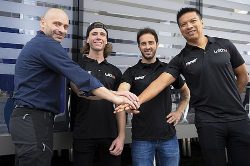 Yamaha announces 2022 MotoGP deal with RNF and signs Binder