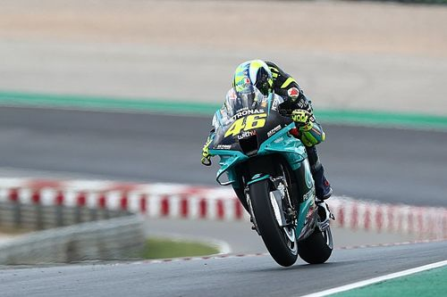 """Rossi """"worried"""" by current MotoGP form after qualifying 17th"""
