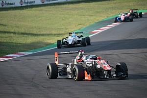 Rimonta e vittoria per Alessandro Bracalente in Gara 2 a Vallelunga