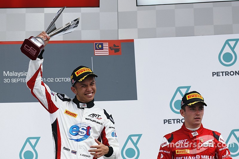 ルクレール、元僚友アルボンは「F1にふさわしい」とシート獲得を願う