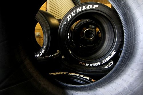 Supercars set to ditch hard compound tyre
