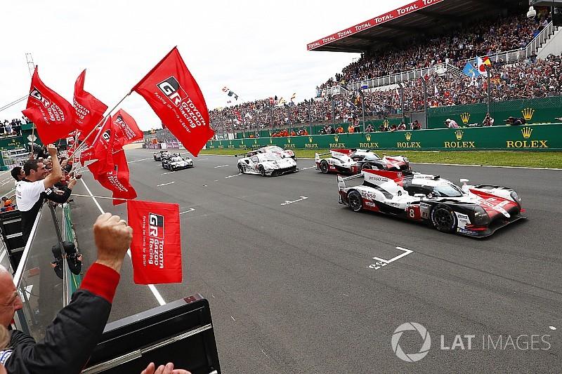 """Chefe da Toyota enaltece """"excepcional"""" Alonso em Le Mans"""