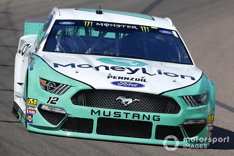 Ryan Blaney beats Almirola for Stage 1 win at Phoenix