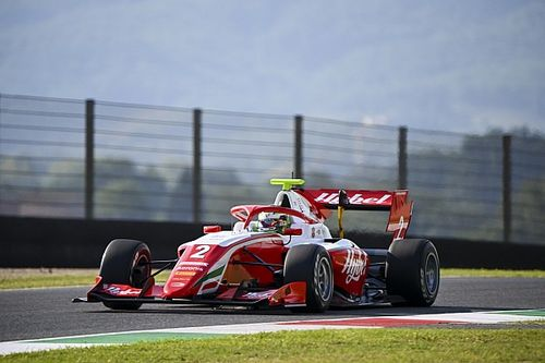 Mugello F3: Vesti beats Hughes in race one thriller