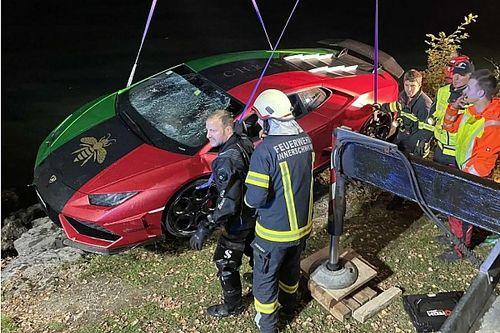 A tűzoltók halásztak ki egy Lamborghinit egy osztrák tóból