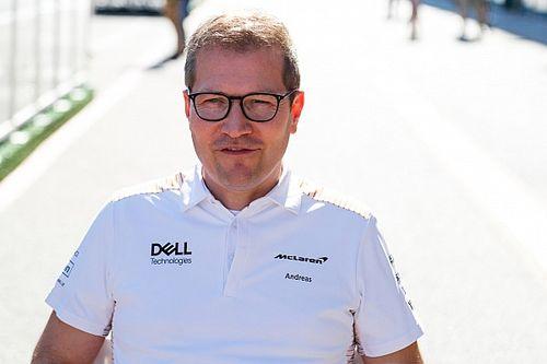 """McLaren-csapatfőnök: """"Szeretném, ha a Mercedes elmagyarázná, mi folyik itt!"""""""