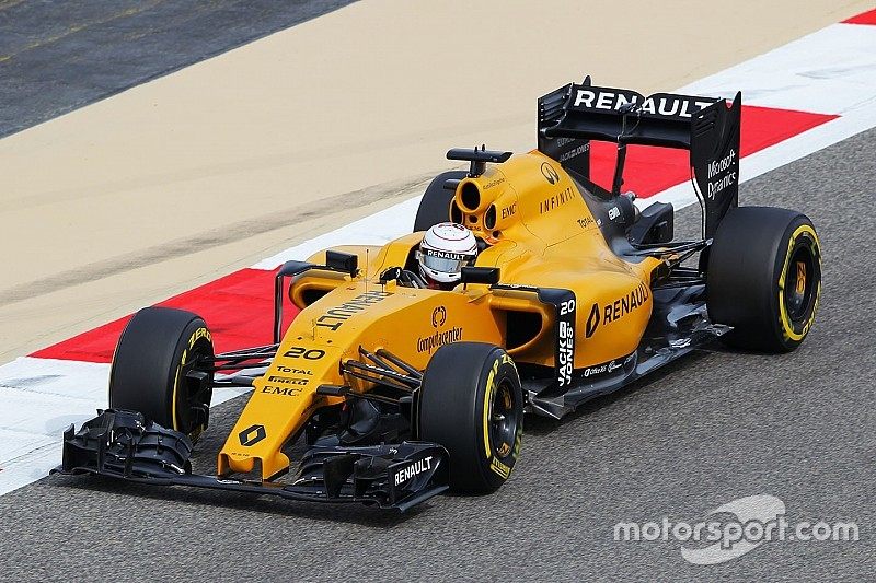 A productive Friday for Renault at Sakhir