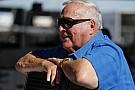 IndyCar A.J. Foyt sopravvissuto ad un secondo attacco di api assassine