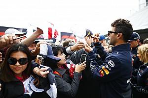 """Formule 1 Nieuws Ricciardo snapt frustratie bij Verstappen: """"Hij ligt onder een vergrootglas"""""""