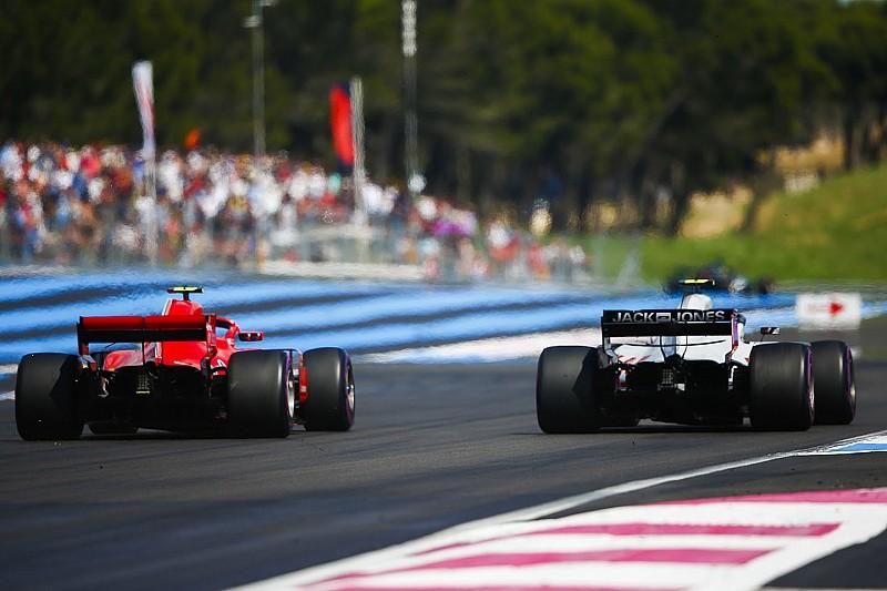 Így kerülte ki Räikkönen a sérült Red Bullt a Francia Nagydíjon: videó