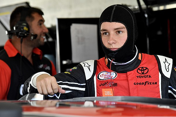 NASCAR XFINITY Kyle Larson, Christopher Bell bring dirt rivalry to pavement