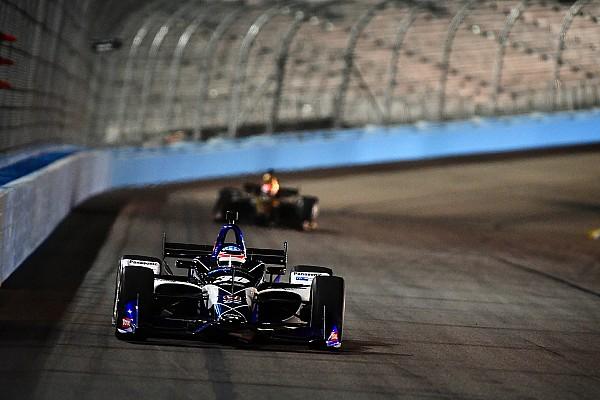 Sato lidera em Phoenix; Kanaan é terceiro e Dixon bate