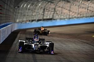 IndyCar Testbericht IndyCar-Test in Phoenix: Takuma Sato an der Spitze