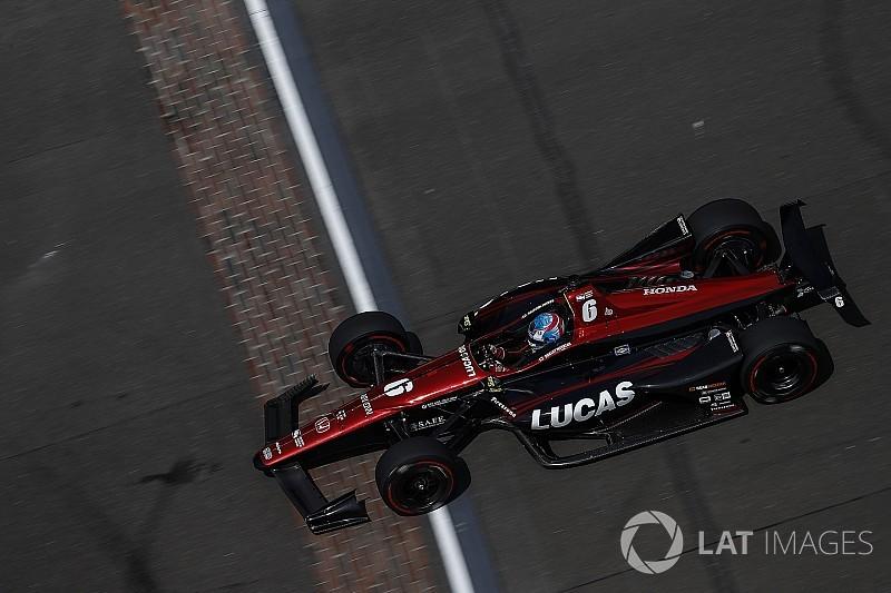 Video: Wickens choca en la práctica del lunes de Indy 500