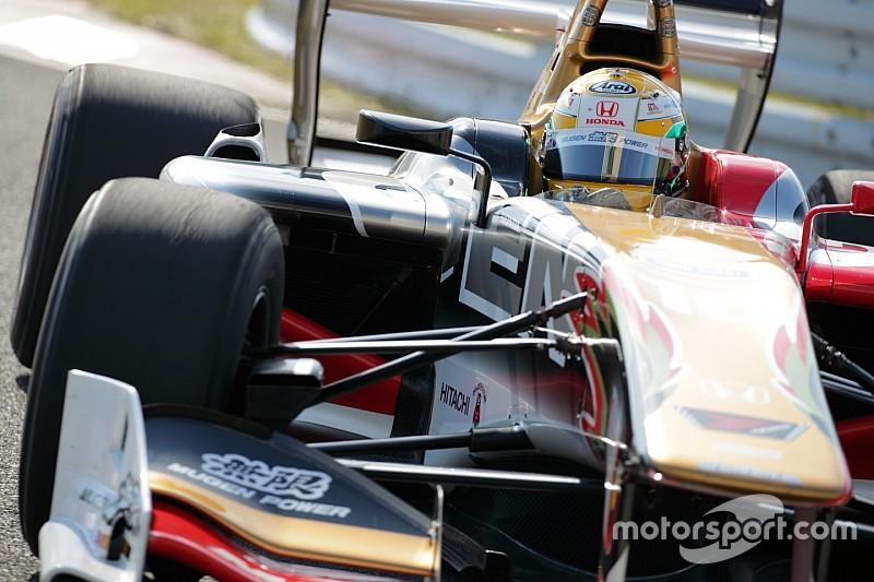 Ямамото выиграл гонку Суперформулы после заминки Кобаяши на пит-стопе