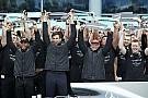 Lauda alerta Mercedes: 2017 foi difícil e 2018 será mais