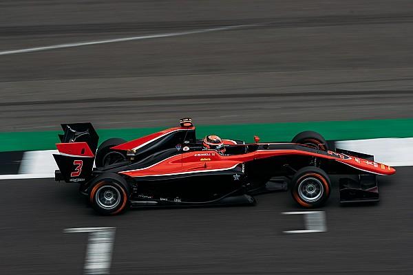 GP3 Silverstone: Russell domineert kwalificatie, Schothorst op P14