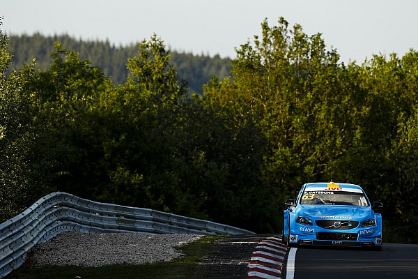 WTCC Yarış raporu Nurburgring WTCC: 2. yarışın galibi Catsburg şampiyona liderliğini ele geçirdi