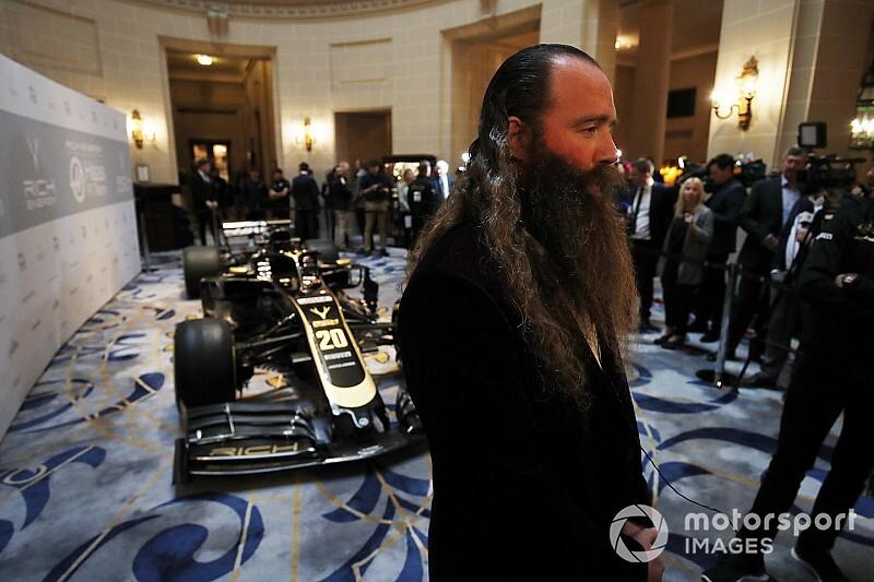 В Haas объяснили свое желание опередить Red Bull