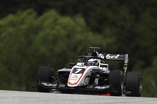 Austria F3: Vesti boosts title push with first win of 2021