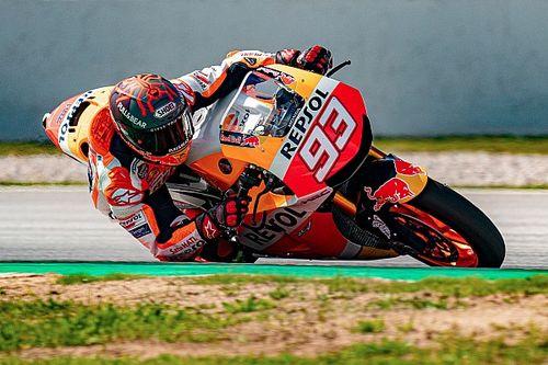 VIDEO: Marquez traint in Barcelona voor MotoGP-comeback
