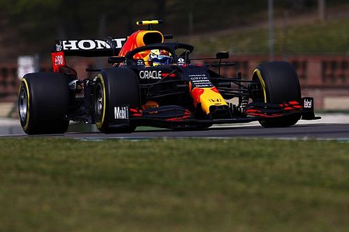 """Perez still """"miles away"""" from gelling with Red Bull F1 car"""