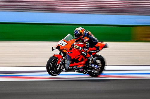 """Raúl Fernández: """"Cuando pruebas la MotoGP, la Moto2 parece una broma"""""""