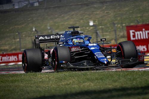 """Alonso : """"Beaucoup de travail à faire ce soir"""" malgré le top 10"""