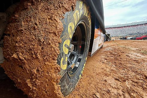 Bristol dirt heat races canceled, Truck race postponed
