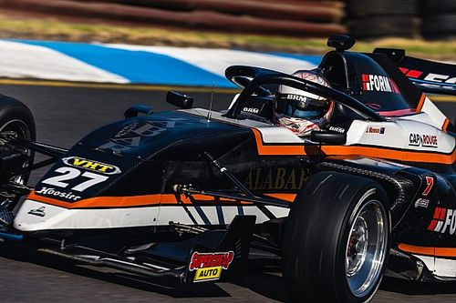 Sandown S5000: Points leader Mawson dominant in main race