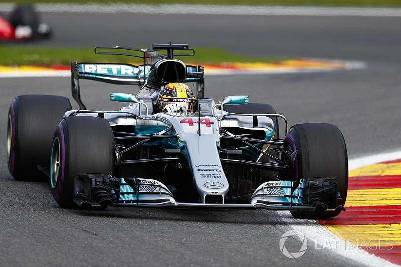 A Mercedes sikerének kulcsa: az alacsony leszorítóerős beállítások