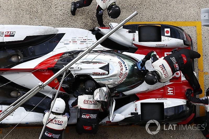 Uitgelegd: Waarom Alonso niet werd bestraft voor 'achteruitrijden' tijdens 24 uur van Le Mans