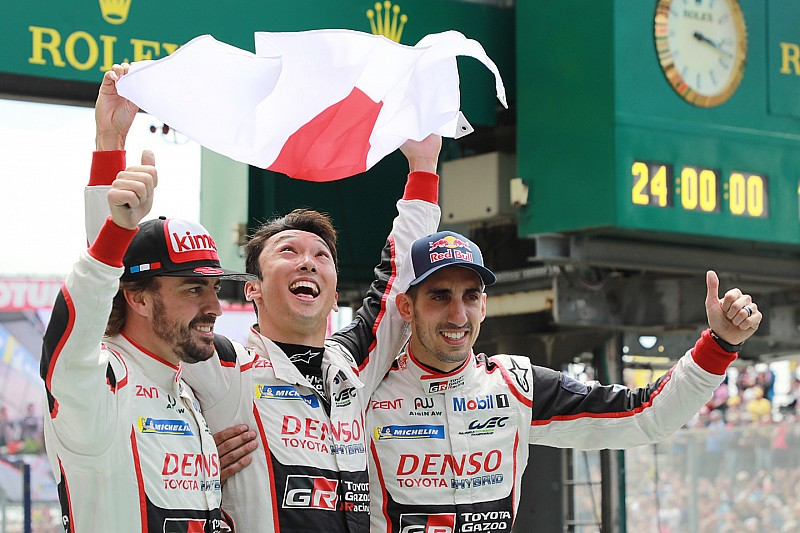 Le Mans 24 Jam: Toyota akhirnya menang, mobil Alonso finis pertama