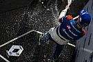 Formule Renault Robert Shwartzman s'impose à Barcelone, Will Palmer repousse l'échéance