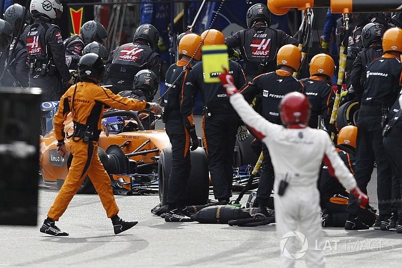 Alonso: Benim yerimde başkası olsa yarışı bırakırdı