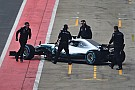 Formula 1 Fotogallery: l'esordio in pista della Mercedes W09