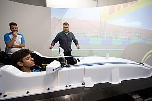 Vídeo: el duelo Carretón-Rowland en el simulador de Williams F1