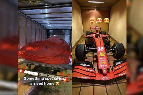 Ferrari offre la SF90 à Charles Leclerc!