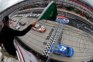NASCAR Cup Breaking news Larson put on a show at Bristol, but victory eluded him