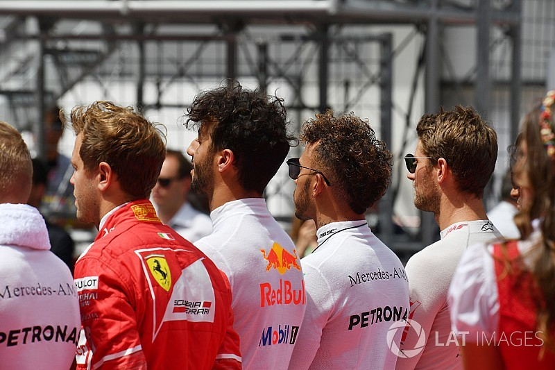 Hamilton: No plans to kneel in protest during US GP