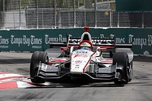 IndyCar Rennbericht Vom letzten Startplatz: Bourdais gewinnt IndyCar-Saisonauftakt 2017