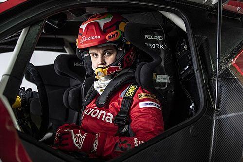 Laia Sanz Tampil Kompetitif dalam Debut Roda Empat