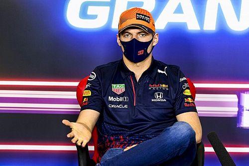 """Verstappen não descarta correr apenas com Red Bull na F1: """"Tudo depende do quanto seremos competitivos"""""""