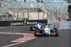 Formula Renault Breaking news