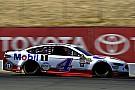 NASCAR Cup Harvick rompe el ayuno  y vence por primera vez en 2017