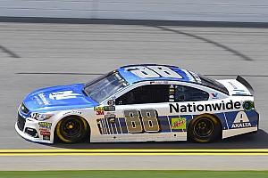 NASCAR Cup Reporte de calificación Dale Earnhardt Jr. toma la pole para la carrera en Daytona y Suárez en 20º