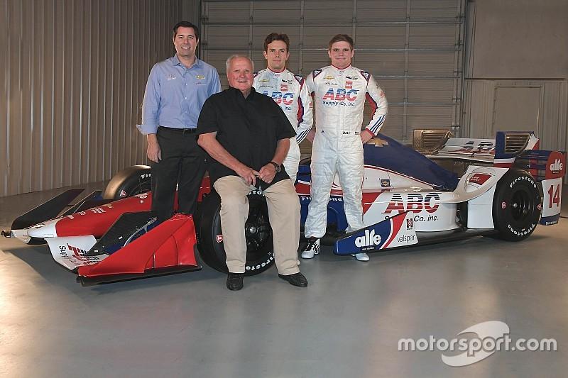 AJ Foyt Racing перешла на двигатели Chevrolet