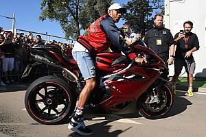 Video: Lewis Hamilton