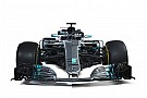 4 слайдери: порівняння нової і торішньої машин Ф1 Mercedes